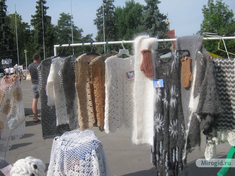 Вещи из теплого пуха урюпинских коз согреют в лютый мороз