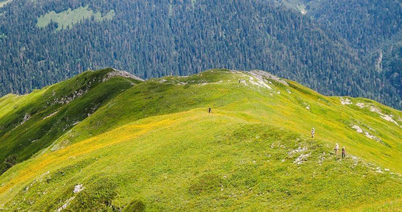 10 фантастически красивых природных достопримечательностей Абхазии
